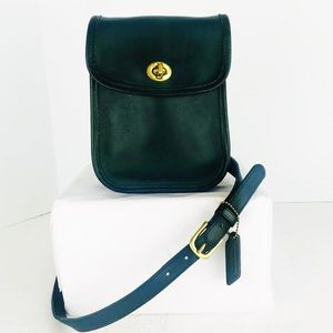 Coach Vintage Green Swingpack Scooter Crossbody
